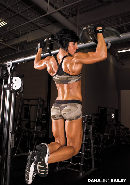 how to build lean muscle mass female